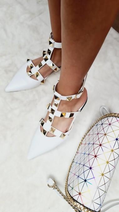 Sandałki Szpic Ćwieki Złote